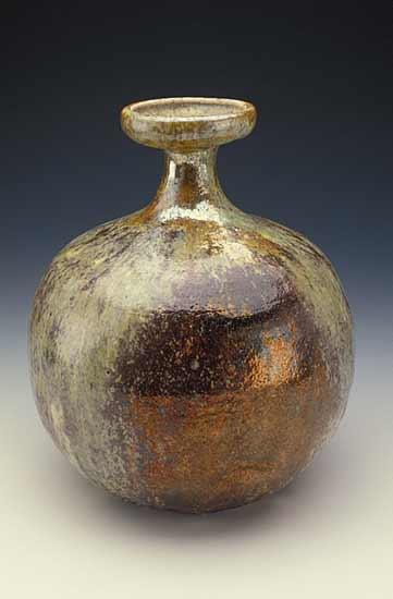 wood_gold_vase